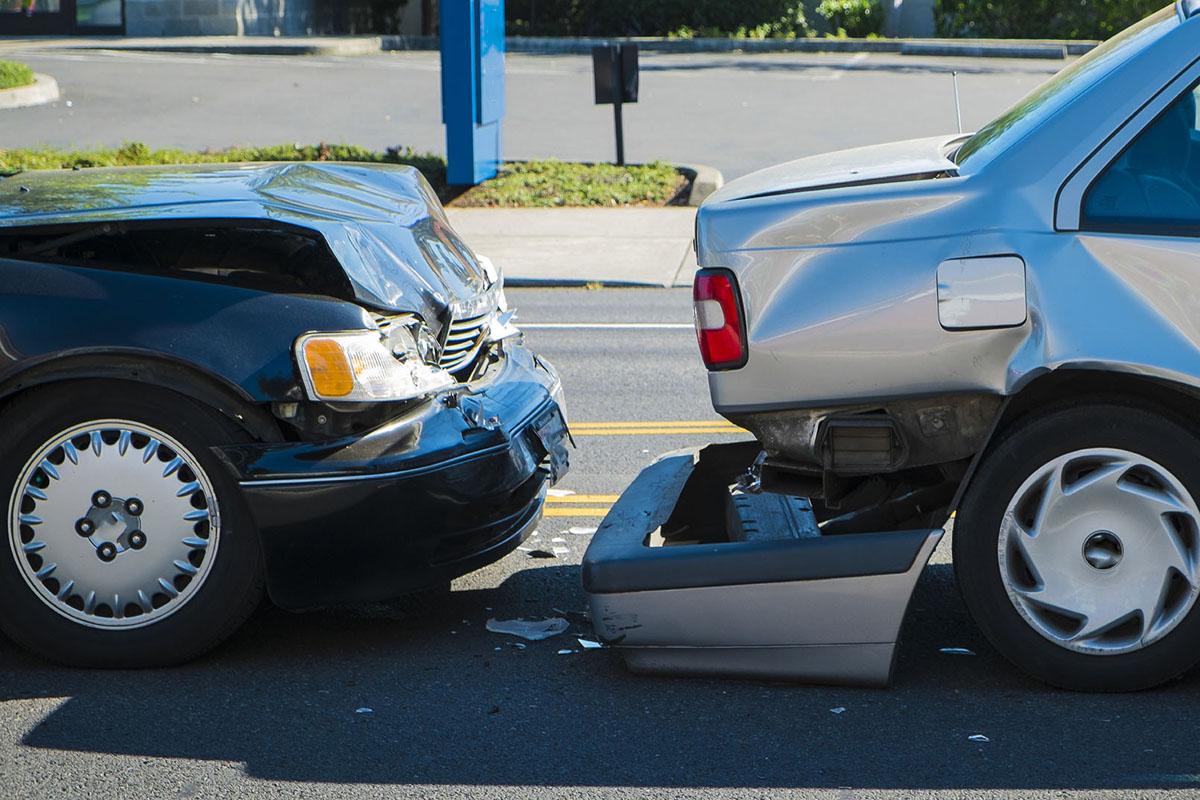 A fender bender car accident